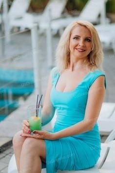 Vera Lutsk 43 y.o. - intelligent lady - small public photo.