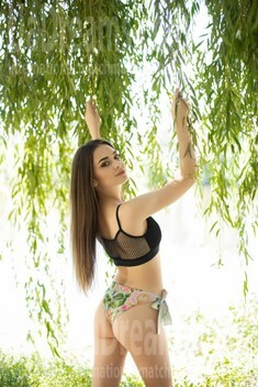 Vira from Ivano-Frankovsk 21 years - want to be loved. My small public photo.