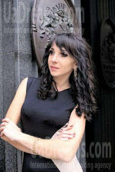 Darya from Dnipro 30 years - looking for relationship. My small public photo.