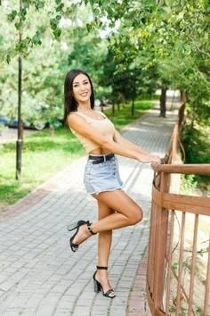 Ivanka Ivano-Frankovsk 31 y.o. - intelligent lady - small public photo.