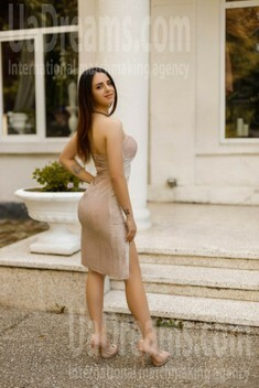 Diana from Ivano-Frankovsk 22 years - smiling for you. My small public photo.