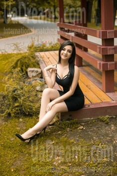 Katy from Ivano-Frankovsk 25 years - wants to be loved. My small public photo.