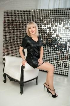 Elena Kharkov 47 y.o. - intelligent lady - small public photo.