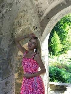 Dari from Kiev 33 years - lovely girl. My small public photo.