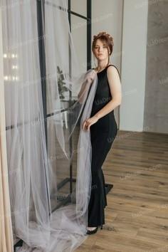 Valeriya Dnipro 21 y.o. - intelligent lady - small public photo.