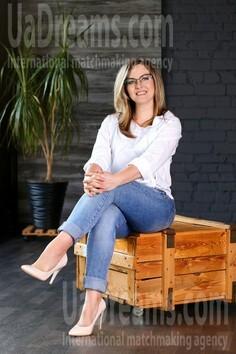 Sveta Zaporozhye 44 y.o. - intelligent lady - small public photo.
