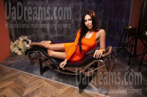 Marishka Kiev 30 y.o. - intelligent lady - small public photo.