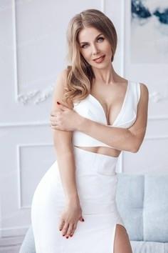 Irina Nikolaev 44 y.o. - intelligent lady - small public photo.