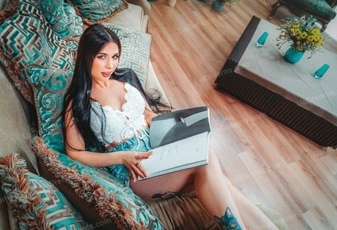 Lina Kiev 23 y.o. - intelligent lady - small public photo.