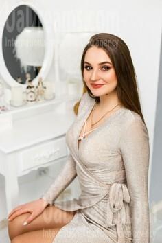 Inna Ivano-Frankovsk 23 y.o. - intelligent lady - small public photo.