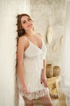 Nastia Nikolaev 22 y.o. - intelligent lady - small public photo.