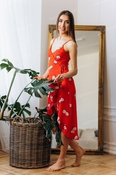 Svetlana Poltava 26 y.o. - intelligent lady - small public photo.