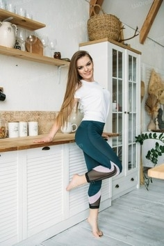 Katyusha Kharkov 28 y.o. - intelligent lady - small public photo.