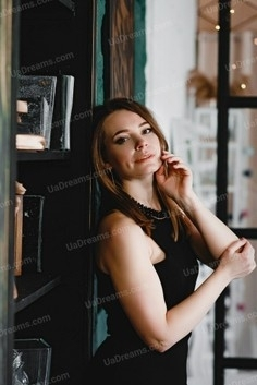 Olya Kremenchug 34 y.o. - intelligent lady - small public photo.