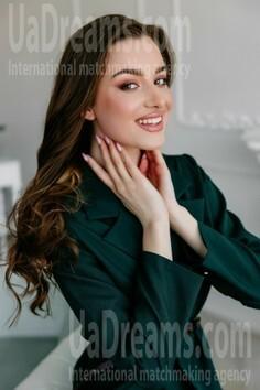 Dashenka Lutsk 18 y.o. - intelligent lady - small public photo.
