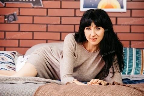 Nataly Cherkasy 40 y.o. - intelligent lady - small public photo.