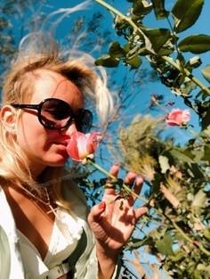 Anastasia Poltava 30 y.o. - intelligent lady - small public photo.