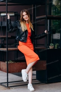Alesya Poltava 21 y.o. - intelligent lady - small public photo.