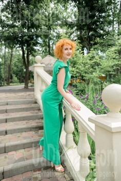 Tetiana Kharkov 42 y.o. - intelligent lady - small public photo.