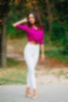 Yuliya Cherkasy 36 y.o. - intelligent lady - small public photo.