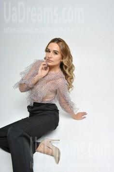 Ksenia Cherkasy 24 y.o. - intelligent lady - small public photo.